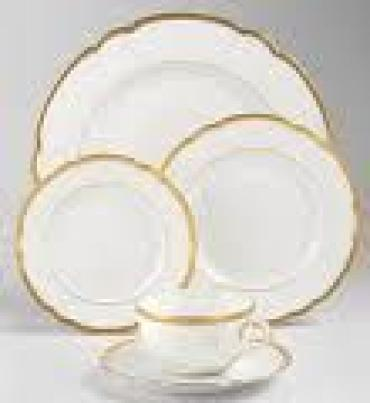 Colette Gold Tea Cup and Saucer