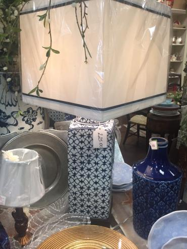 Oriental Accent Blue and white porcelain lamp