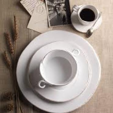 Lastra White 4 piece place setting