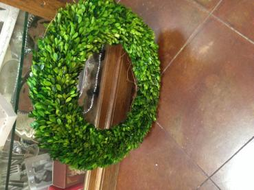 "20"" Boxwood wreath"