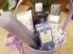 Fragrance & Bath Gift Basket